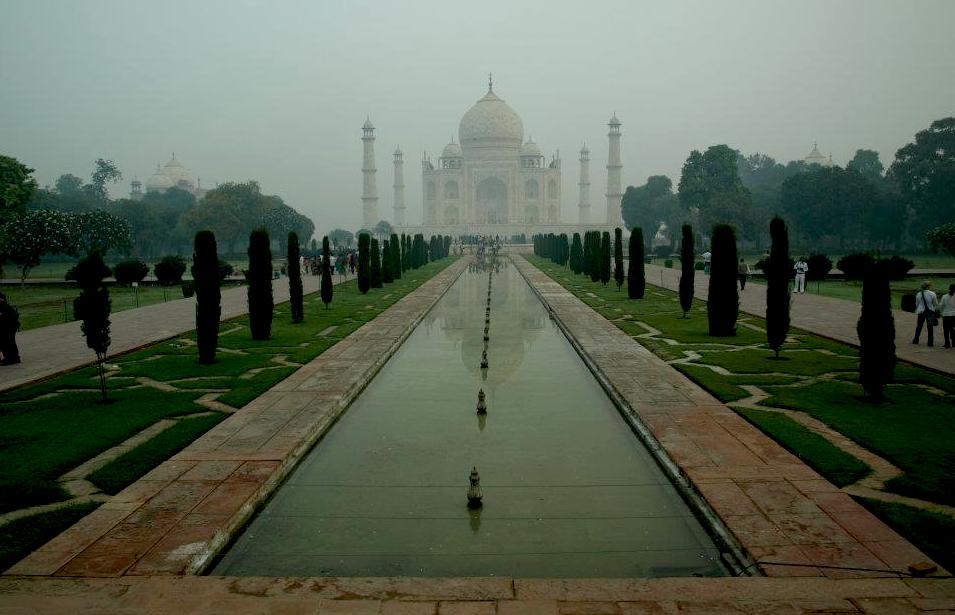 Taj Mahal gardens India - Rajastan journey