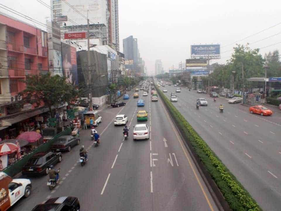 Traffic in Thailand. maninio.com #scamthailand #pingpongthailand