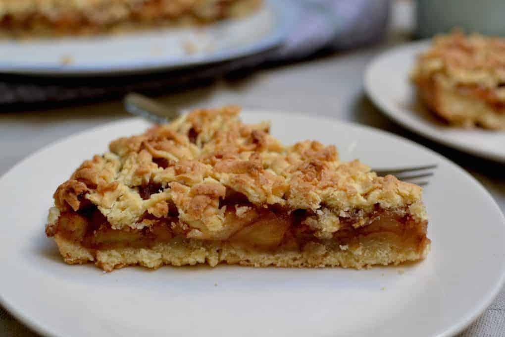 Close-up of the Vegan Apple pie
