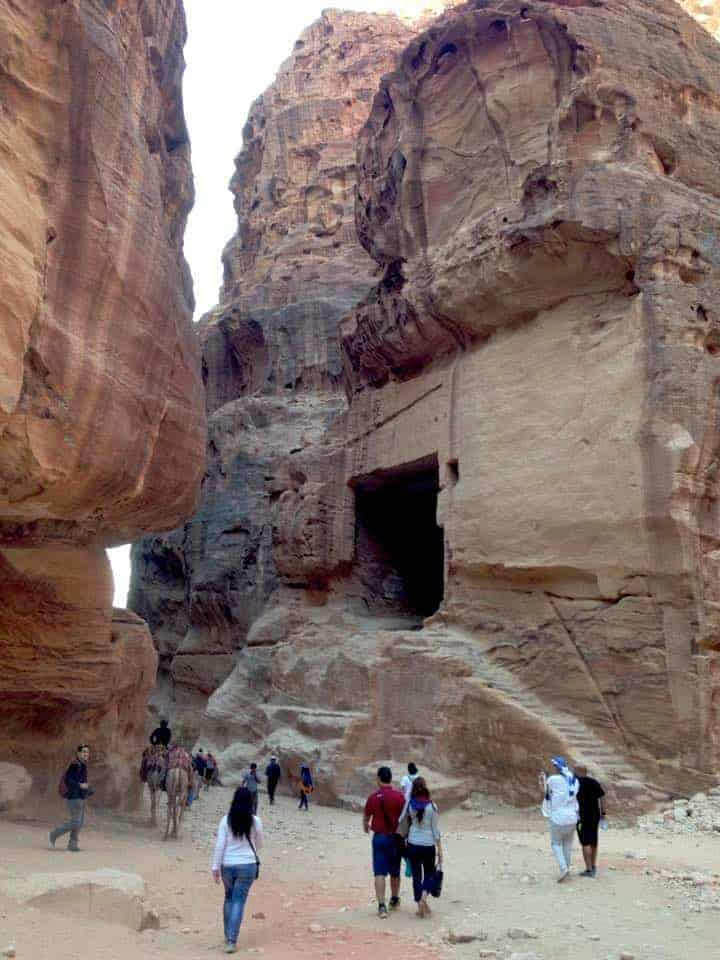 Entrance to Petra through Siq, Visit Petra in Jordan