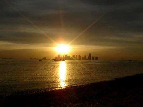 Doha Sunset. maninio.com #qatardohaasiangames #dohasunset