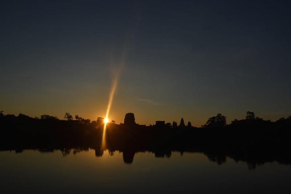 Sun Beam in Angkor Wat Temple for siem reap attractions