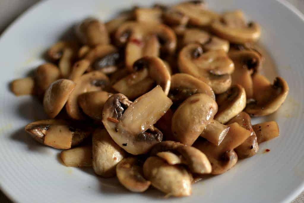Sauteed Mushrooms with lemon and mandarin