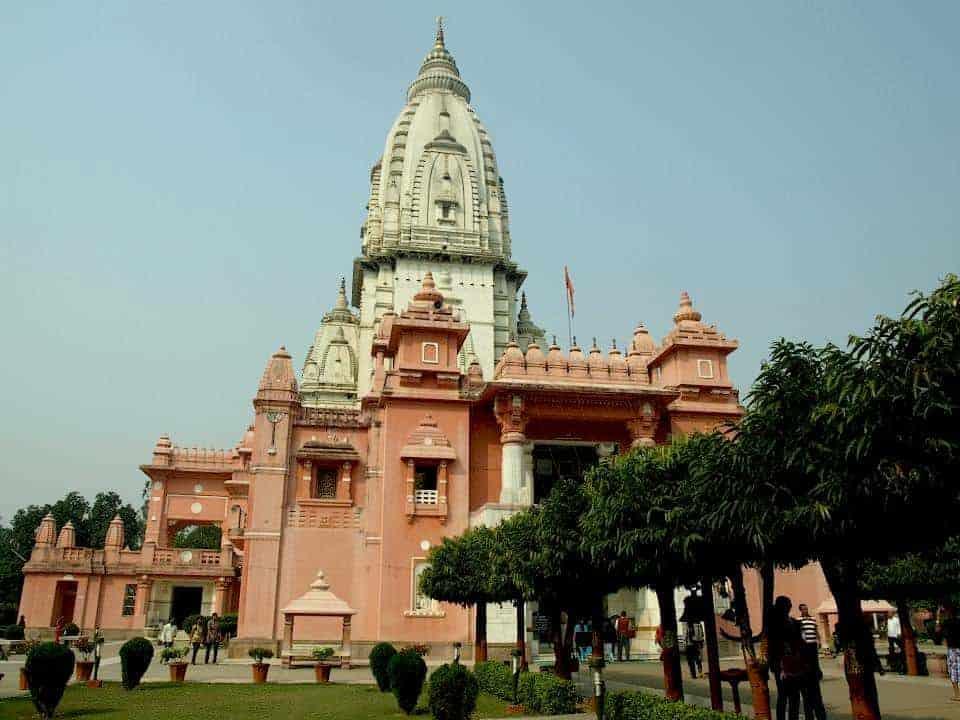 pink temple in Varanasi