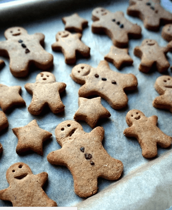 Vegan Gingerbread Men Cookies.