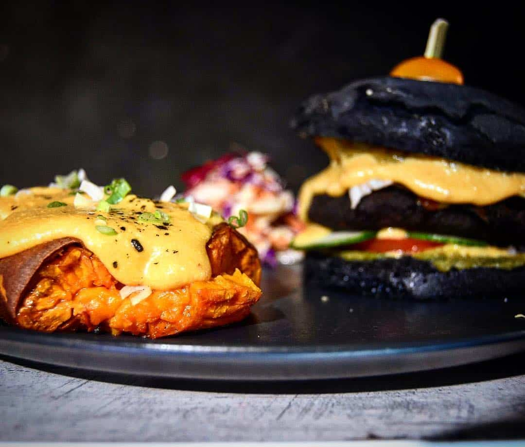 Burger - Διαγωνισμός - brunch - λαιμ bistro. maninio.com