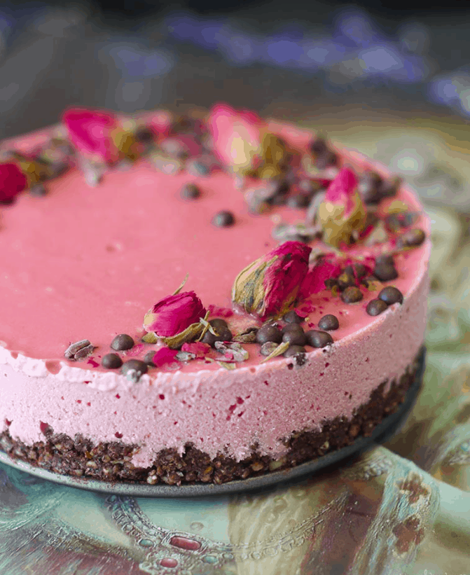 Raw Chocolate Beet Cheesecake