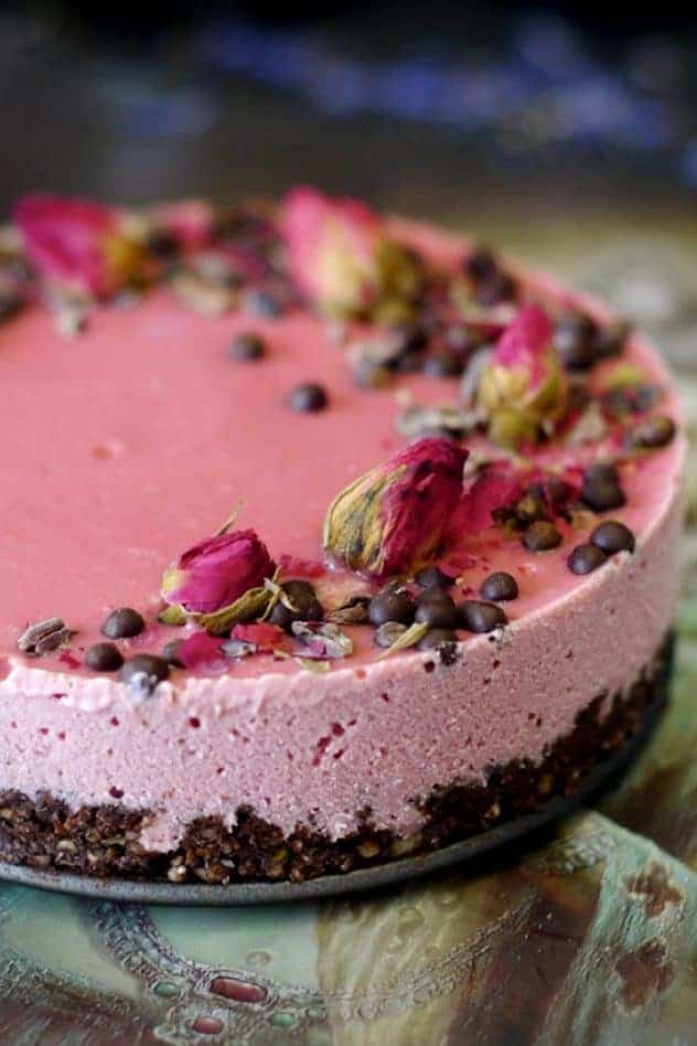 15+ Sugar-Free & Vegan Desserts | Valentine's Day Recipes. maninio.com