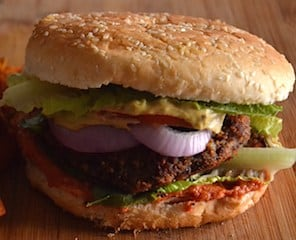 Recipe-Mushroom Bean Vegan Burger with Sun-Dried Tomatoes. maninio.com