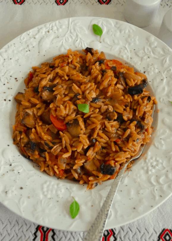 Γιουβέτσι με Μανητάρια. 25+ Vegan Προτάσεις φαγητού για το Πάσχα maninio.com