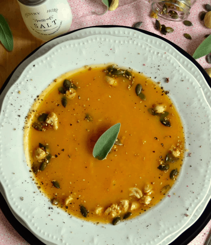 Κολοκυθόσουπα με πράσα. 25+ Vegan Προτάσεις φαγητού για το Πάσχα maninio.com