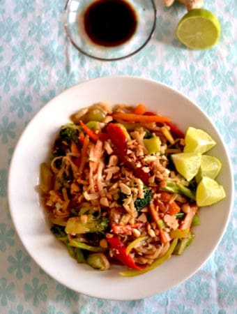 Vegan Pad thai recipe with soya sauce and lime