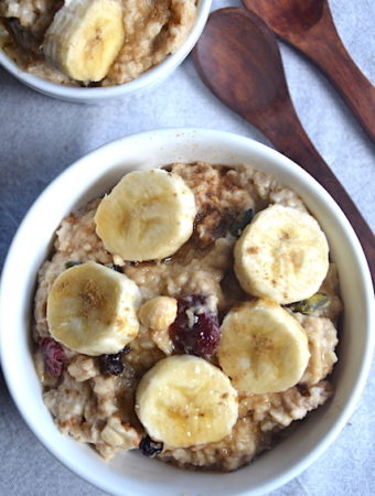 banana porridge with 2 wooden spoons