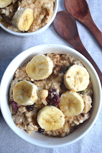 banana porridge with 2 wooden spoons