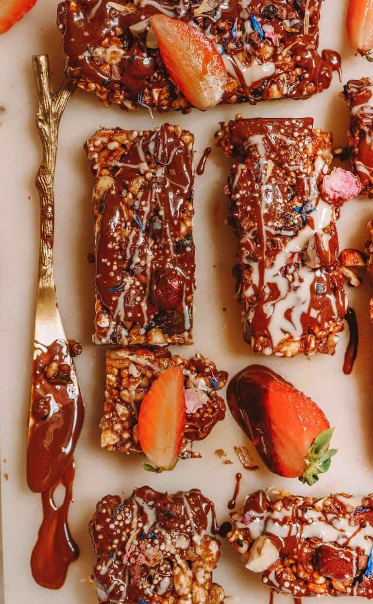 slices of Deluxe-Granola-Bars-