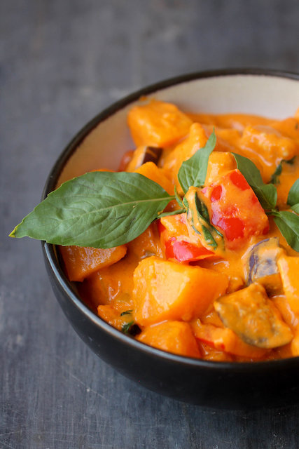red thai curry with basil