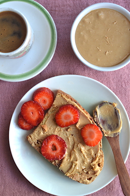 Cashew butter with strawberries and greek coffee