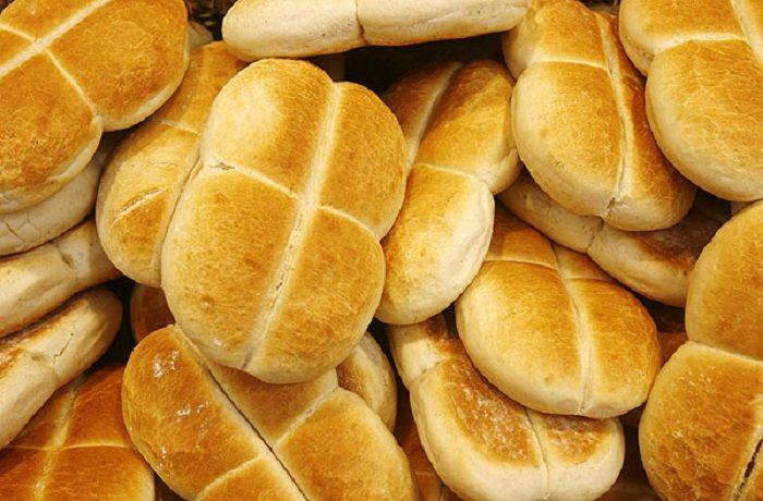 Marraqueta bread